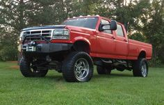 ford trucks lifted f350 powerstoke-- needs bigger tires