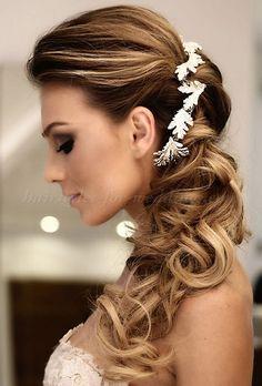 ponytail hairstyles, wedding ponytail, bridal ponytail, ponytail hairstyles for weddings