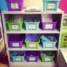 First Grade Teacher Lady: Word Work!  Really great ideas for setting up the word work area.