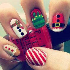 #Christmas  #nails #lovenails #nailart #design #naildesign #manicure #nailpolish #paintednails #3dnails