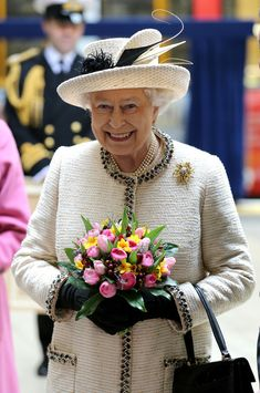 The Royal Family Visits Baker Street 11.  Poor thing looks so drawn. :(  I hope she's feeling better soon.