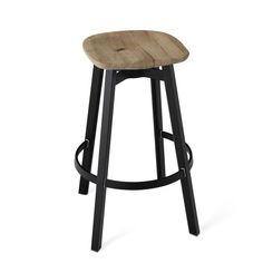 SU BARSTOOL, RECLAIMED OAK SEATSU 30 BLACK WSWith the invisible values of design, engineering and strength, the Emeco SU Collection follows the Japanese aesthetic of 'su' — meaning plain or unadorned — the idea that simplicity is not only modest, but could possibly be more appealing than luxury. - Emeco Chairs