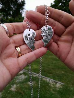 Wish | Fashion 2Parts Broken Heart Pendant Best Bitches Necklace Friends Jewelry Set