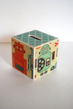 1000 images about money boxes on pinterest piggy bank for Awesome money box