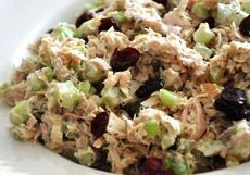 A tuna and cranberry salad easy to do to lose weight - Food and Drinks Healthy Eating Recipes, Healthy Drinks, Low Carb Recipes, Diet Recipes, Healthy Foods, Cranberry Salad, Cranberry Recipes, Tuna Salad, Chicken Salad
