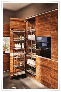 Wooden kitchen with island VAO by TEAM 7 Natürlich Wohnen