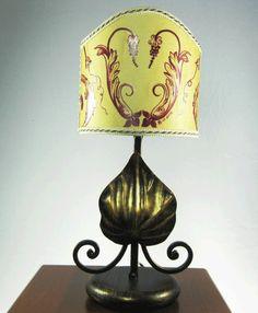 Illuminazione : Lampada abat jour in ferro battuto dipinto a mano barocco siciliano - Maravica