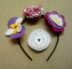 Interchangeable Headband Flowers ∙ How To by Pam ^_^ on Cut Out + Keep