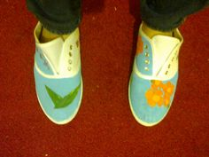 Tennis en toile peintes à la main : Chaussures par comfy-cocoon
