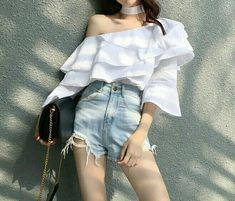 Pin on ️‍️✌️Love Kpop Fashion Outfits, Ulzzang Fashion, Mode Outfits, Korean Outfits, Cute Skirt Outfits, Cute Casual Outfits, Stylish Outfits, Korean Fashion Trends, Korean Street Fashion