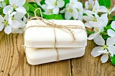 Skincare Tips, Tricks & Hacks : Natural Soap: From Natural to Radiant Skin – Beauty Care, Diy Beauty, Beauty Hacks, Cheap Presents, Bon Voyage Party, Beauty Tutorials, Radiant Skin, Butter Dish, Bar Soap
