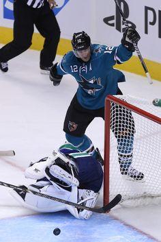 San Jose Sharks forward Patrick Marleau celebrates a third period goal (Oct. 3, 2013).