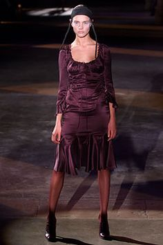 Alexander McQueen Fall 2002 Ready-to-Wear - Collection - Gallery - Style.com