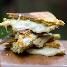 Grilled Cheese Sandwich | foodraf