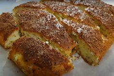 Back to school: Αφράτο τυρόψωμο με φέτα και κίτρινο τυρί! Τέλειο  κολατσιό για το σχολείο Mary Berry Desserts, Turkish Kitchen, Yummy Food, Tasty, Turkish Recipes, Homemade Beauty Products, French Toast, Brunch, Health Fitness
