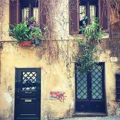 Daily stroll though Monti ❤️ #Roma #monti