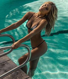 More from Smith's Daily:Smiths Daily gallery: Alexis Ren Swimsuit ShootSmiths Daily gallery: Alexis RenSmiths Daily gallery: Alexis Ren hangs out in a bikiniKimberley Garner bikini photoshoot in AnguillaCandice Swanepoel – Victoria's Secret (March 2016)Smiths Daily gallery: Abby DowseCharlie Riina goes black bikini for 138 WaterLauren Stoner hits the beach in … Continue reading Alexis Ren – Justin Macala Photoshoot 2016 →