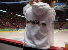 Slovakia put up a great fight! I sat right behind the goalie and met people from around the world. A huge thank you to my best friend Andrea for sharing her Ol… Women's Hockey, Ol, Canada, T Shirts For Women, Tote Bag, People, Photos, Fashion, Moda