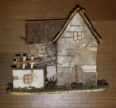 estate auction tiny little fairy sized house with intricate details