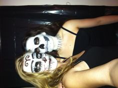 Black and White Halloween makeup Halloween Party, Halloween Face Makeup, Me As A Girlfriend, Black And White, Black White, Black N White