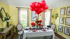 DIY Valentine's Day Tablescape from @kennethwingard!