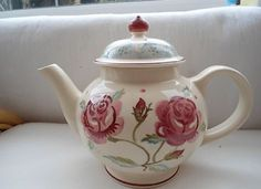 Emma Bridgewater Mary MacCarthy Rose Double Rose Four Cup Teapot