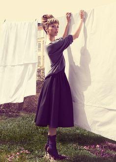 Samlarbilder | Mona Johannesson by Jimmy Backius for Elle Sweden, August 2010.