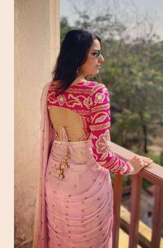 Sari Design, Choli Blouse Design, Saree Blouse Neck Designs, Fancy Blouse Designs, Bridal Blouse Designs, Choli Designs, Sleeve Designs, Designer Kurtis, Latest Designer Sarees