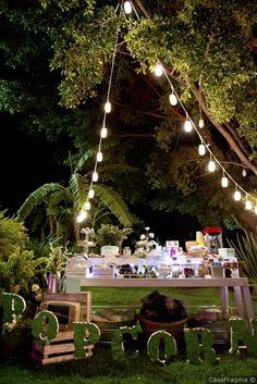 Mesa de botanas #bodas #menu #menudeboda #platillos #weddingday #wedding #diadeboda #banquete #comidadebodas #weddingfood #decoraciondeboda #montaje #bodamexicana #mesadepostres #mesadedulces