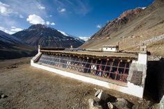 Z diplomové práce českého studenta vzešla stavba solární školy v Himálaji. Sluneční škola | Dobrá vůle