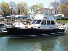 2004 Grand Banks East Bay 43 FBS Power Boat For Sale -