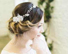 Delicate Floral and Crystal Hair Vine, Lorna Down Hairstyles, Wedding Hairstyles, Rustic Wedding Jewelry, Bridal Hair Down, Ribbon Hair Clips, Winter Wedding Hair, Hair Upstyles, Rhinestone Headband, Hair Vine