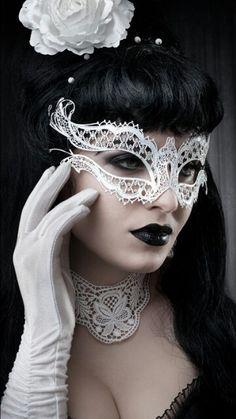 White Lace Mask..Choker n Gloves ♥
