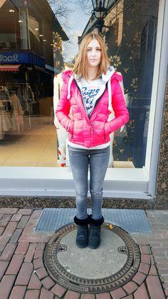 Outfit der Woche! Steppjacke, T-Shirt & Sweatjacke: Superdry – Destroyed Skinny Jeans: Mavi #fashion #ootw