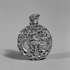 Bottle, Scent  Date: 19th century Culture: Continental Medium: Chalcedony, gold