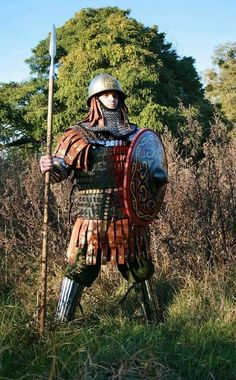 A late medieval period Varangian guard in lamellar armour. Source unknown.