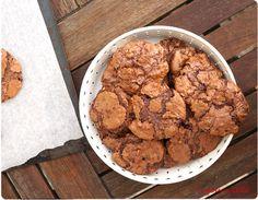 Recette des puddle cookies au chocolat : sans farine et très utile pour utiliser des blancs d'oeufs.