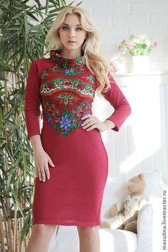 """Платье """"Хуторянка"""" - ярко-красный,павловопосадский платок,платье из платка"""