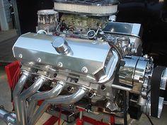 454 BIG BLOCK CHEVY ENGINE.