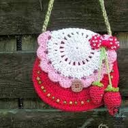 نتيجة بحث الصور عن ‪free crochet pattern little girl purse‬‏