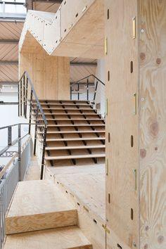 Au Pavillon de l'Arsenal, BAM System un pavillon autonome et modulaire http://www.blog-habitat-durable.com/au-pavillon-de-larsenal-bam-system-un-pavillon-autonome-et-modulaire/