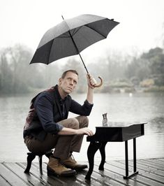 Hugh Laurie interview for Didnt It Rain: I feel like a Saudi Arabian playboy - Telegraph