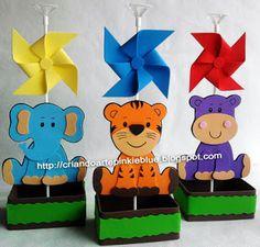 Pinkie Blue Artigos para festa: centro de mesa safari