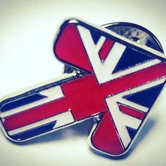 Union Jack enamel pin badges we produced #pingame #enamelpins #unionjack #pingamestrong #pins