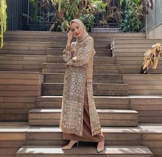 2020 Feb 7 - Graduation should be celebrated as the day of success, a long and challenging process. The result of many years of … Hijab Gown, Hijab Style Dress, Modest Fashion Hijab, Casual Hijab Outfit, Muslim Fashion, Fashion Dresses, Dress Outfits, Korean Fashion, Kebaya Modern Hijab