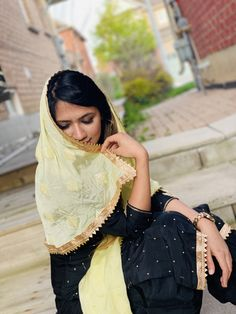 Girl Photography Poses, Urban Photography, Wedding Photography, Casual Indian Fashion, Indian Fashion Dresses, Cute Girl Poses, Cute Girls, Saree Blouse Patterns, Beautiful Suit