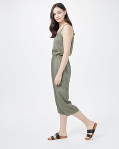 Need sustainable clothing, home decor, beauty products and more? Look no further than these 20 eco-friendly Canadian online stores - including eco-conscious clothing shop tentree! Sustainable Clothing, Beauty Products, Eco Friendly, Cold Shoulder Dress, Clothes, Shopping, Dresses, Decor, Fashion