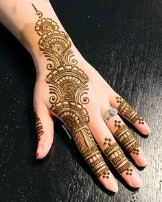 Mehndi or Henna for Fingers Designs Latest Henna Designs, Stylish Mehndi Designs, Best Mehndi Designs, Mehandi Designs, Mehndi Fingers, Mehndi Designs For Fingers, Fingers Design, Dark Nails, Long Nails