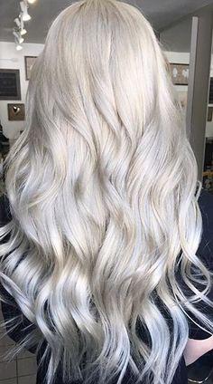 Had to double pin ♥️ Silver White Hair, Silver Blonde Hair, Lilac Hair, Ash Hair, Colored Hair Tips, Platinum Blonde Hair, Gorgeous Hair, Hair Hacks, Dyed Hair