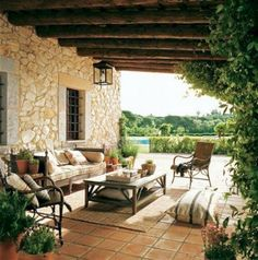 Unbelievable French Country Living Room Design Ideas - Page 14 of 46 French Country Rug, French Country Furniture, French Country Living Room, French Country Decorating, French Cottage, Terrasse Design, Haus Am See, Outdoor Living, Outdoor Decor
